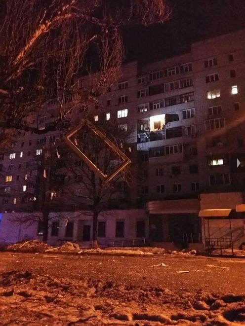 В Сумах произошел мощный взрыв в жилом доме: появились фото, видео и подробности (8)