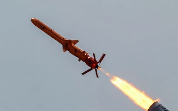 В Україні провели випробування нових крилатих ракет вітчизняного виробництва: опубліковано видовищне відео