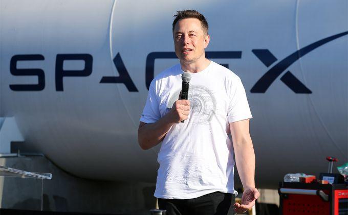 Илон Маск назвал сроки запуска ракеты Falcon Heavy на Марс