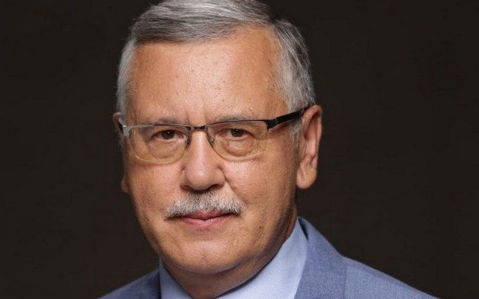 Прихильники Наливайченко нагадали СБУ про підозри щодо роботи Гриценко
