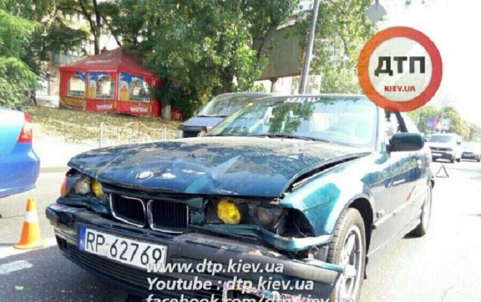 У масштабній ДТП в Києві розбилися чотири авто: опубліковані фото