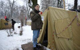 """Сеть взорвал """"трон"""" Саакашвили из палаточного городка: опубликовано фото"""