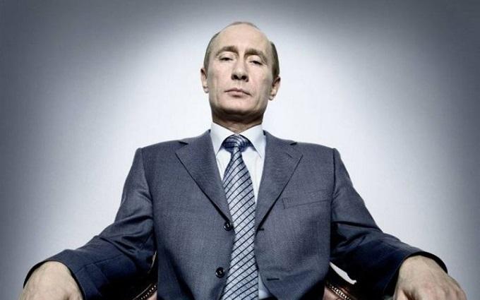 Слова Путіна в Росії вже відливають у граніті: опубліковано фото