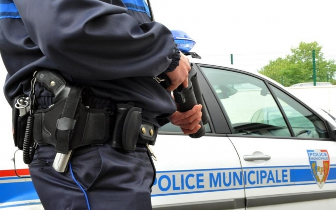 У Франції взяли в заручники священика і черниць: з'явилися перші фото