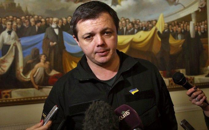 Нардеп Семенченко з креветками розсмішив соцмережі: опубліковані фото