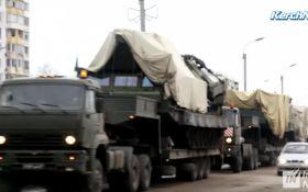 В окупованому Криму зафіксовано скупчення військової техніки: опубліковано відео
