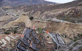 Потужний землетрус у Мексиці викликав загрозу цунамі: з'явилося відео