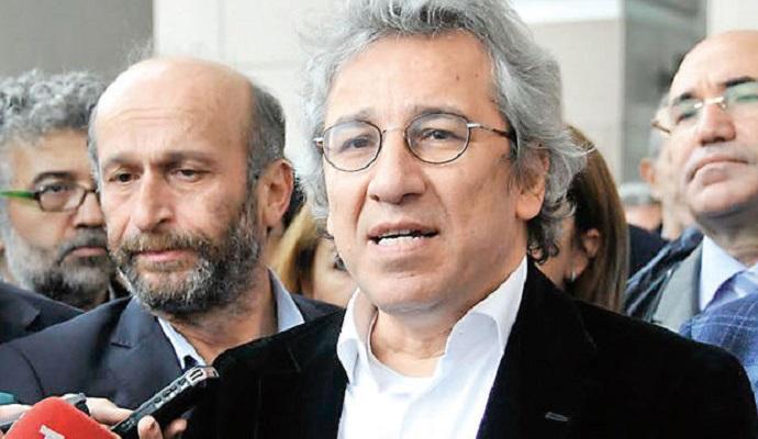 Турецким журналистам грозит пожизненное заключение