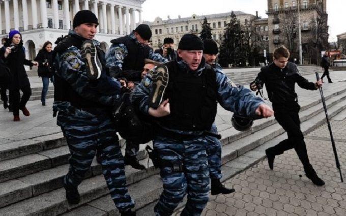 """Екс-""""беркутівець"""" розкрив одну з таємниць розстрілу на Майдані"""
