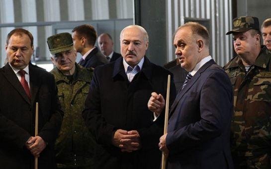 У Лукашенко по-настоящему запаниковали после неожиданного решения Макрона