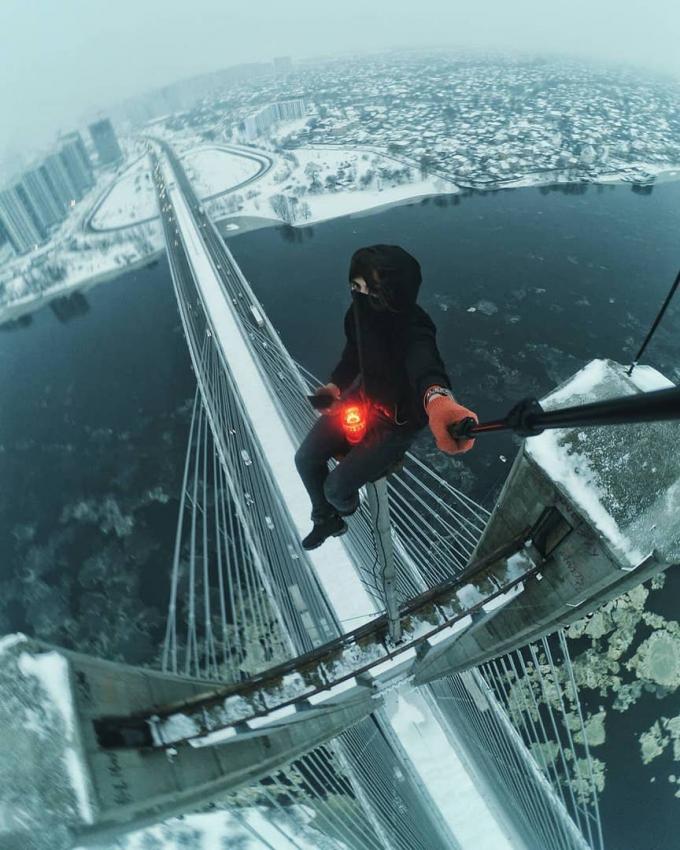 Киев засыпало снегом: пользователи сети публикуют яркие фото (4)
