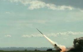 Порошенко повідомив про успішне випробовування нової української ракети
