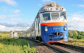 """""""Укрзалізниця"""" запустила на літо додатковий потяг до Одеси"""
