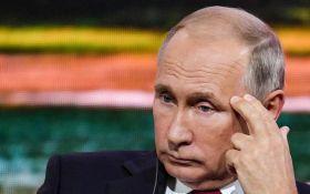 Путіну присвятили їдкий вірш за його роботу на німецьку розвідку