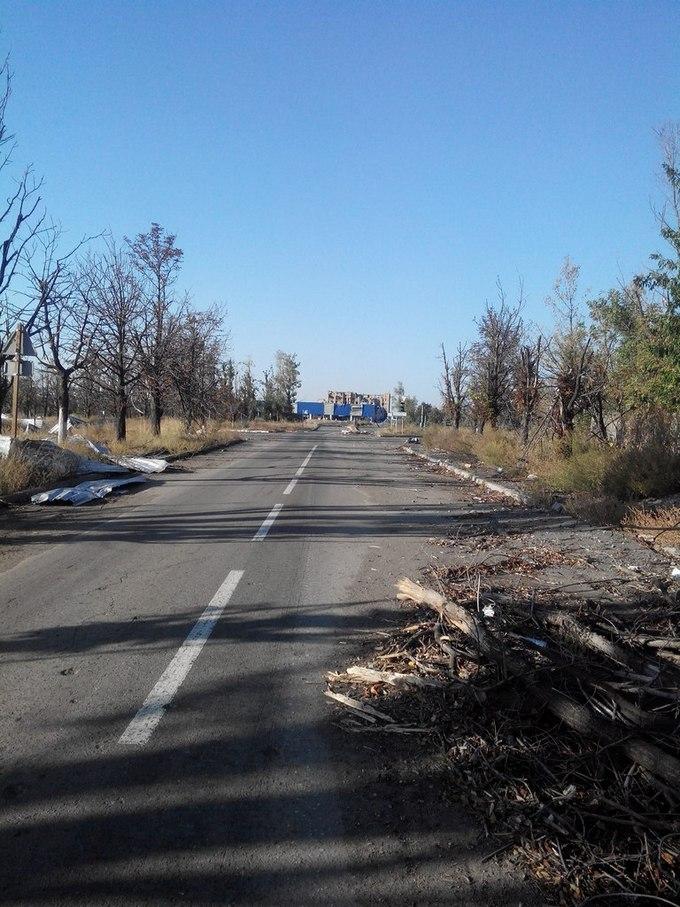 """""""Русский мир"""" в Донецке: опубликованы шокирующие фото из разрушенного города (3)"""