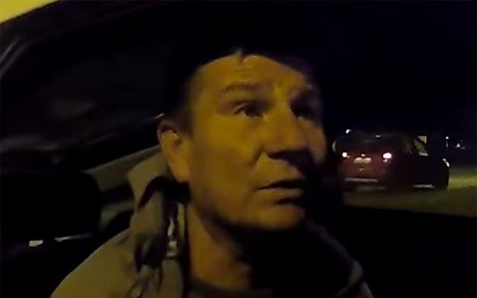 П'яний за кермом поліцейського авто підірвав мережу: опубліковано відео