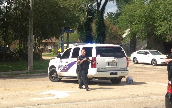 Розстріл поліцейських в США: з'явилися подробиці, фото і відео