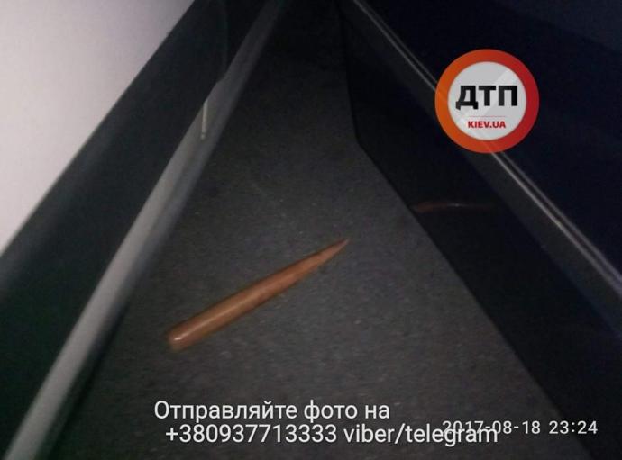 В Киеве неизвестные со стрельбой похитили мужчину: опубликованы фото (1)