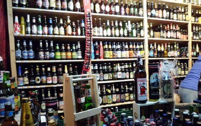 У Києві заборонили нічний продаж спиртного: соцмережі закипіли