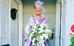86-летняя невеста восхитила всех платьем собственного дизайна: появились фото