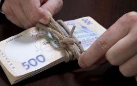 В Украине значительно выросла средняя зарплата: названы сферы и суммы