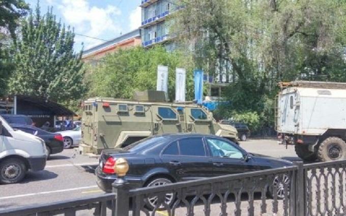 Стрілянина в Казахстані: озвучені нове число жертв і відомості про вбивцю