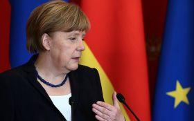 Меркель заявила, что будет защищать Европу