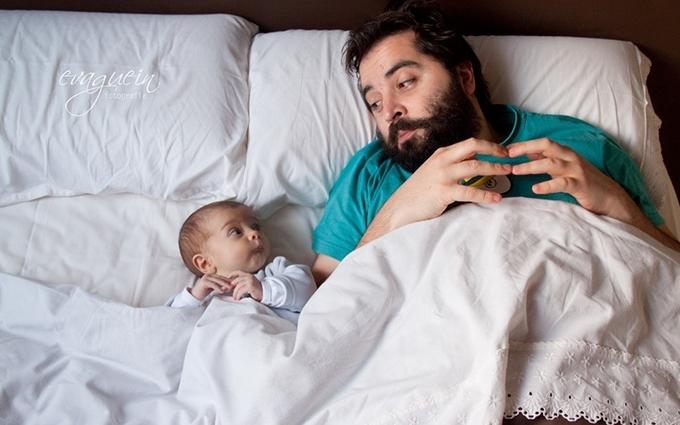 Самая крутая работа в мире: яркая подборка фото пап и малышей