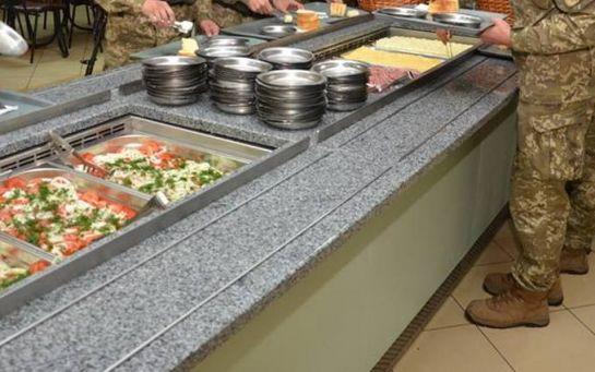 У зоні АТО військові продавали зібрані волонтерами продукти