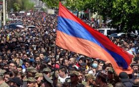 Уряд Вірменії відправлено у відставку