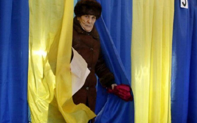 """""""Будем настаивать"""": как россияне рвутся на выборы в Украину"""