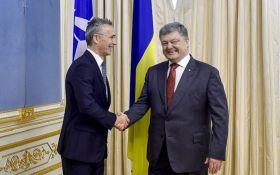 Стало відомо, що обговорювали Порошенко та генсек НАТО