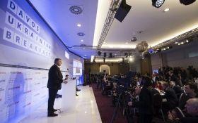 На форуме в Давосе журналистка росСМИ пыталась спровоцировать Порошенко