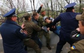 В Одессе любители России подрались с националистами: появились фото