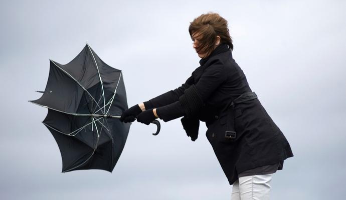 Синоптики прогнозируют сильные порывы ветра