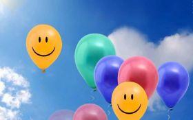 Привітання з травневими святами: оригінальні та прикольні смс