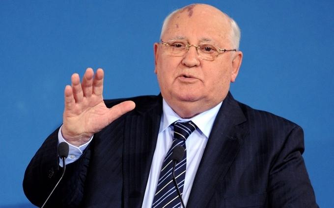 Горбачов відмовився їздити в Україну: навіть в Крим