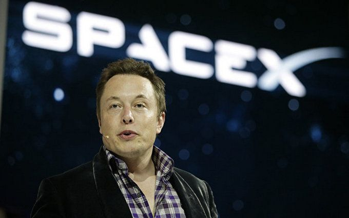 Ілон Маск анонсував перший політ на Марс: названа дата
