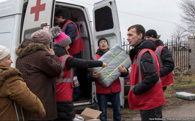 Боевики ДНР обстреляли сотрудников Красного креста - штаб АТО