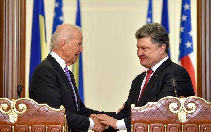 Порошенко поговорив з Байденом про загострення в Криму: з'явилися подробиці