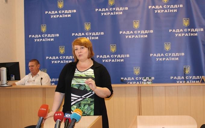 Коллеги судьи-взяточника из Одессы вступились за него: сыщики довели