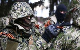 Бойовики на Донбасі насмішили мережу своїми тортами: з'явилися фото