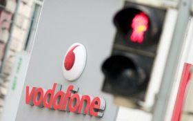 """""""Такий відчай бере"""": мешканці """"ДНР"""" скаржаться на відсутність зв'язку Vodafone"""