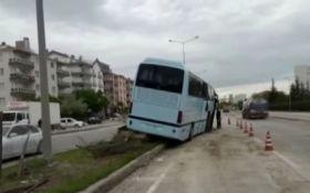 У Туреччині в аварію потрапив автобус із соратниками Ердогана: з'явилося відео