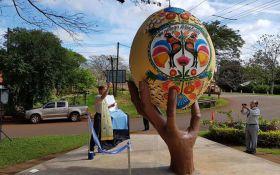 В Аргентині встановили пам'ятник писанці