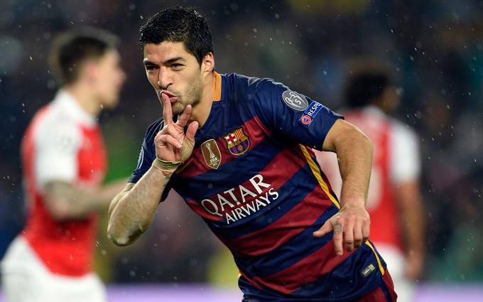 Луис Суарес забил космический гол в Лиге чемпионов: опубликовано видео