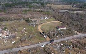 В США жуткие торнадо убили два десятка людей: появились видео