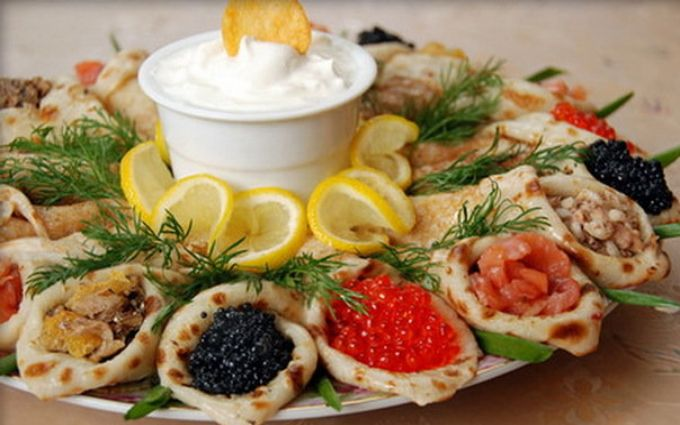 Вкусная Масленица: ТОП-10 начинок для блинов, которые понравятся всем
