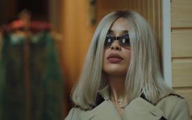 Известная британская певица сняла в Киеве яркий драматический клип: опубликовано видео