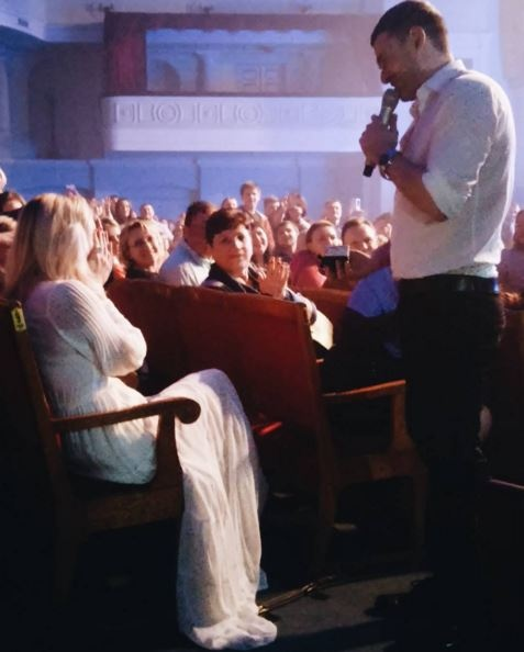 Мірзоян зробив пропозицію Тоні Матвієнко під час концерту: опубліковані фото і відео (1)